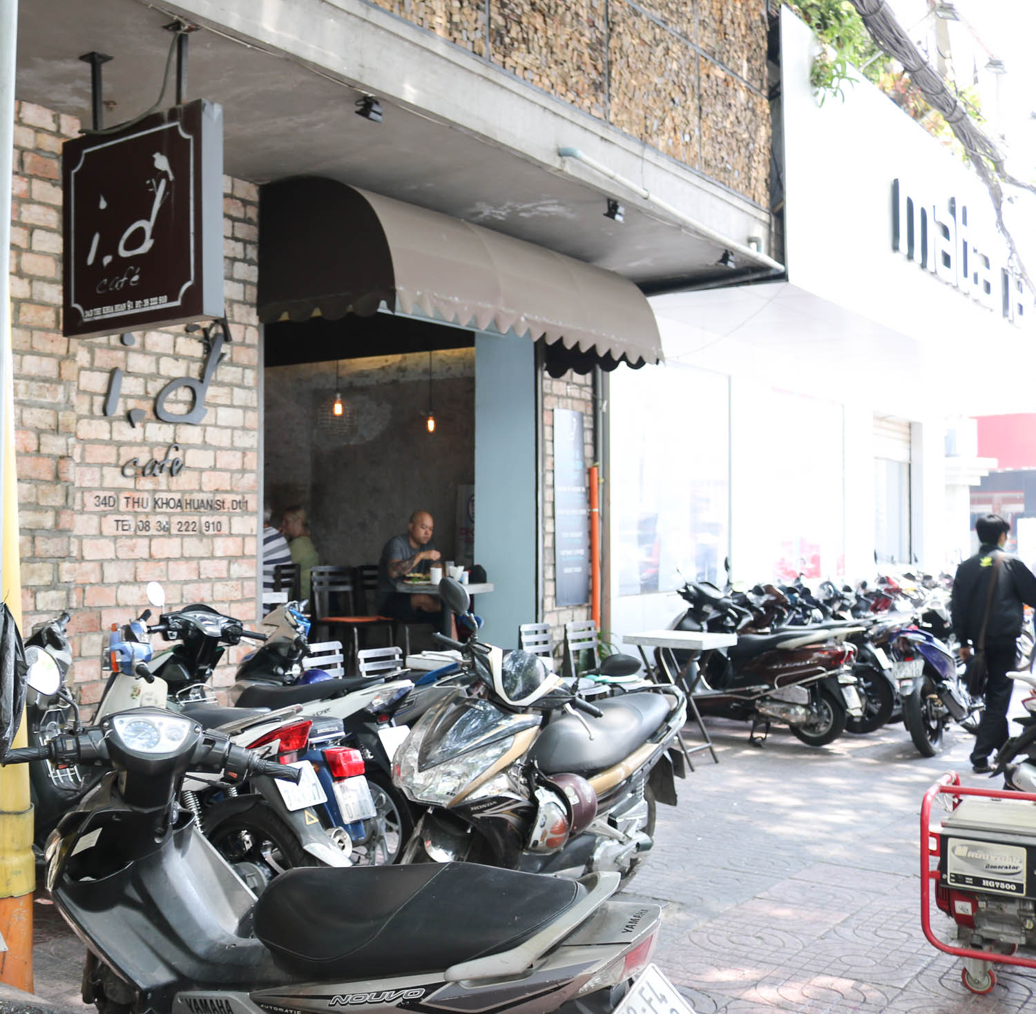 i.d cafe Ho Chi Minh City Travel Guide | Cobalt Chronicles | Travel Blogger