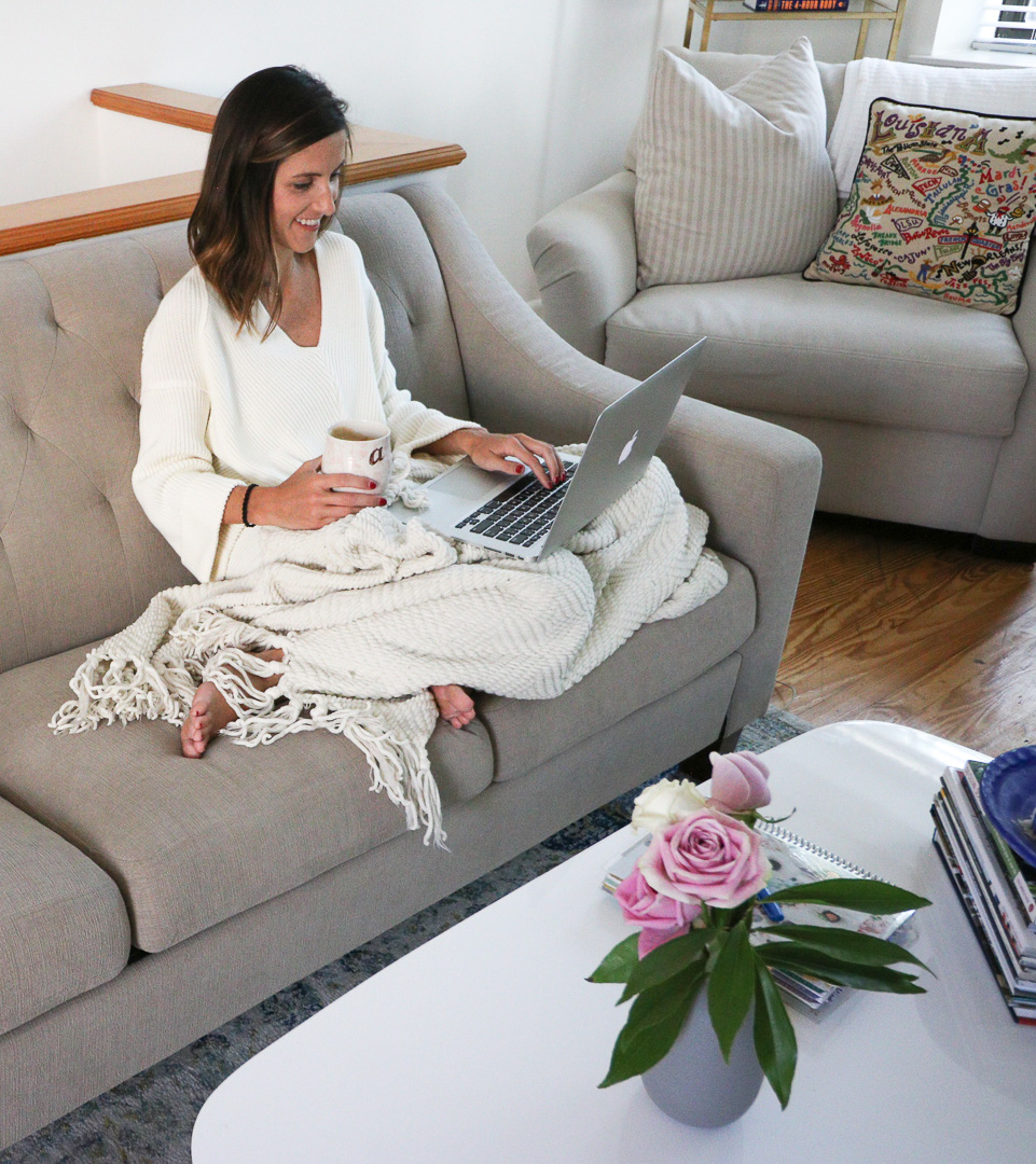 3 Steps to Become a Morning Person by popular Washington DC lifestyle blogger Cobalt Chronicles