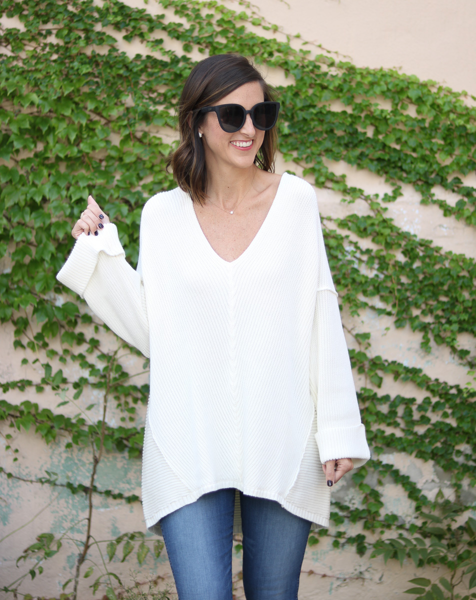 Oversized Cream Sweater - What is Affiliate Marketing?! + How Bloggers Use it to Make an Income by popular Washington DC fashion blogger Cobalt Chronicles