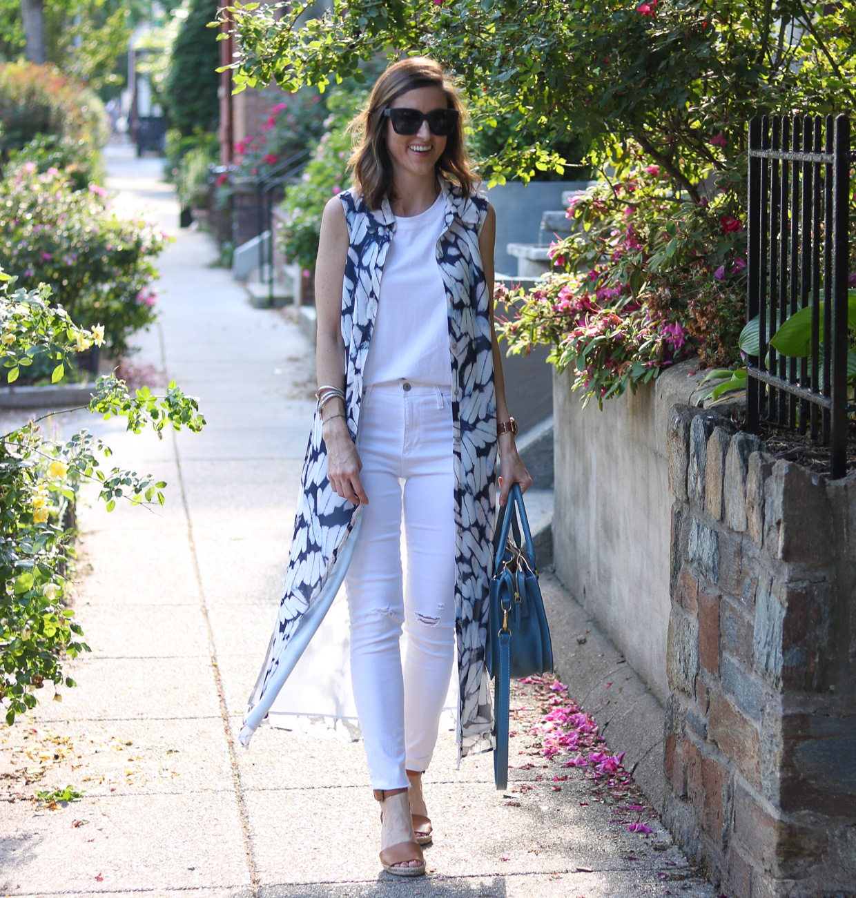 How to Wear a Sleeveless Kimono | Cobalt Chronicles | Washington, DC | Fashion Blogger