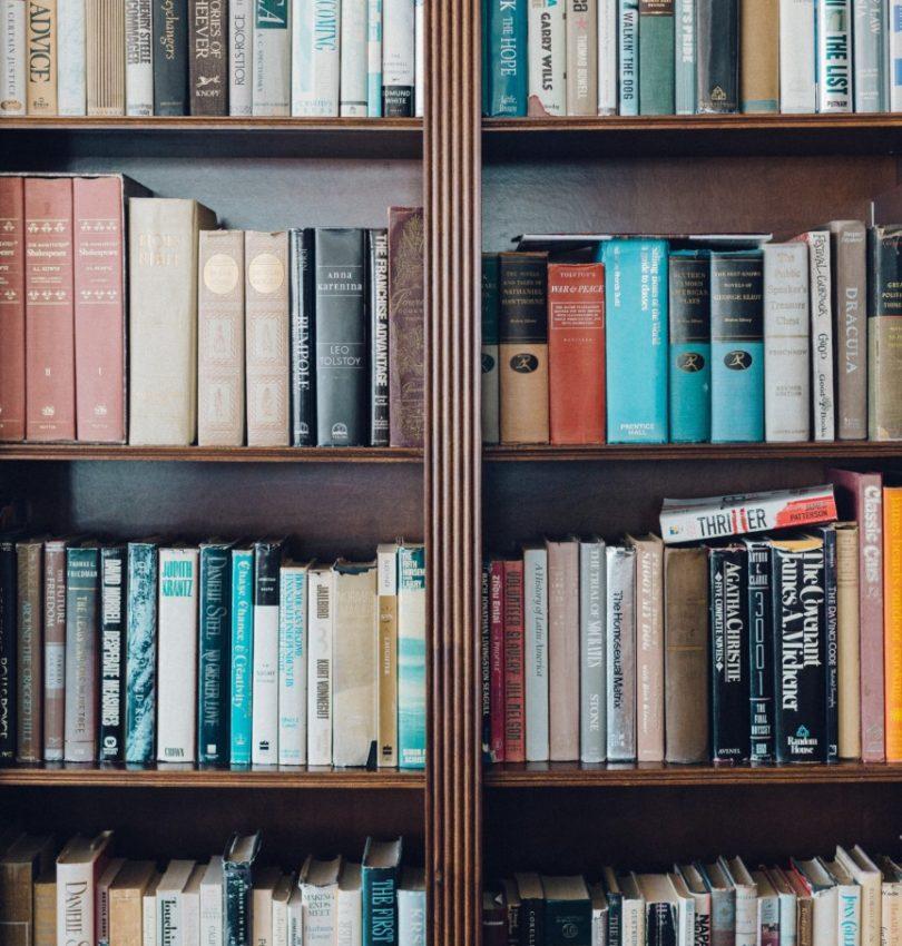Ultimate Winter Reading List   Cobalt Chronicles   Washington, DC   Style Blogger