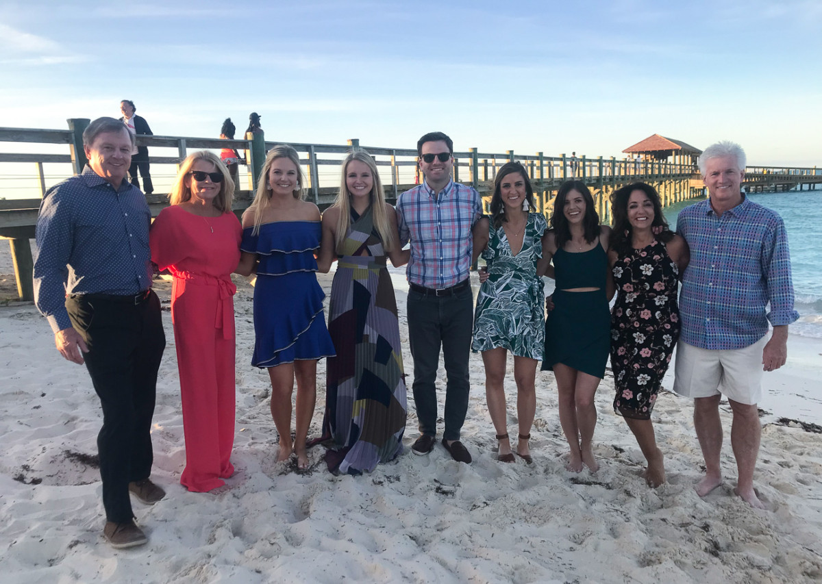 Destination Wedding Rehearsal Dinner | Cobalt Chronicles | Baha Mar Wedding | Houston Lifestyle Blogger