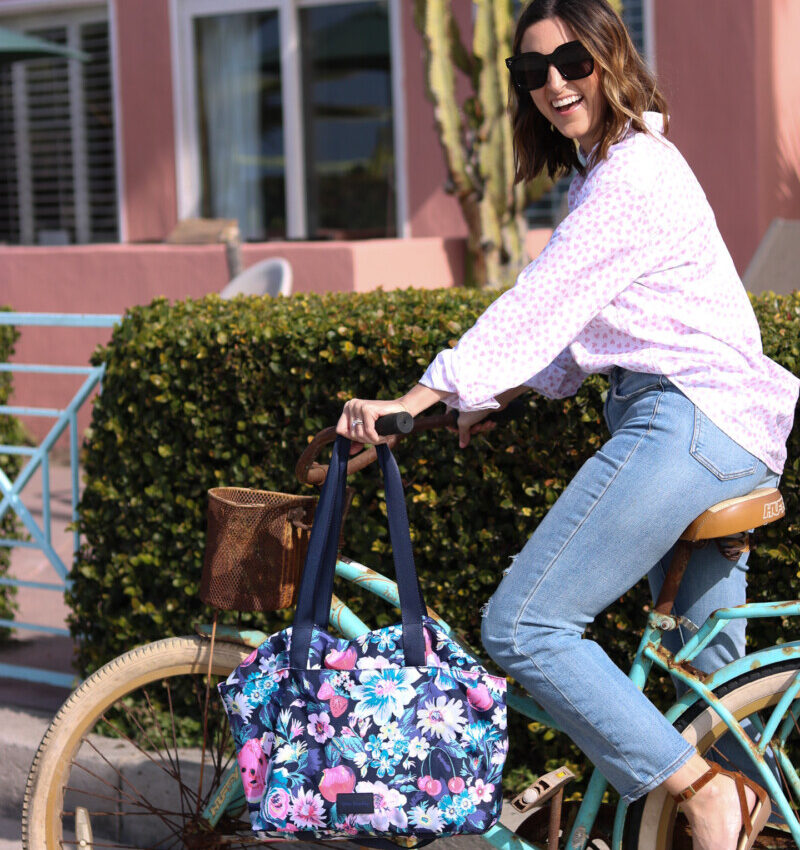 Eco-Friendly Travel Bag: Vera Bradley ReActive Tote Bag | Cobalt Chronicles | Houston Style Blogger